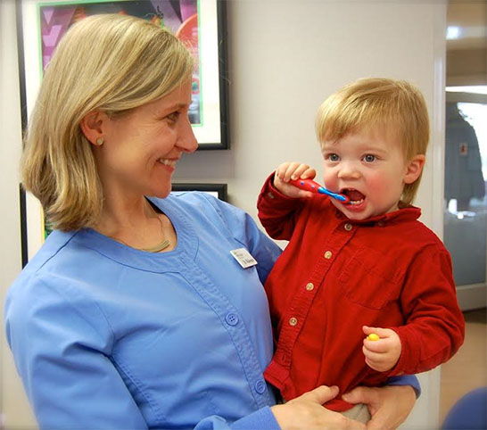 Dr. Wallengren Pediatric Dentist with Patient in Lutherville, MD